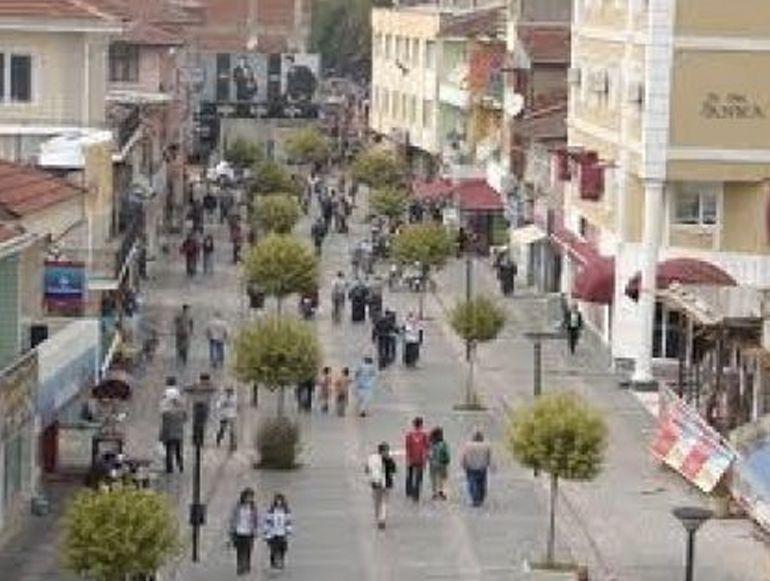 Düzce Üniversitesi'nde Okuyan 6 Beşiktaşlı Öğrenciye Ev Verecek!